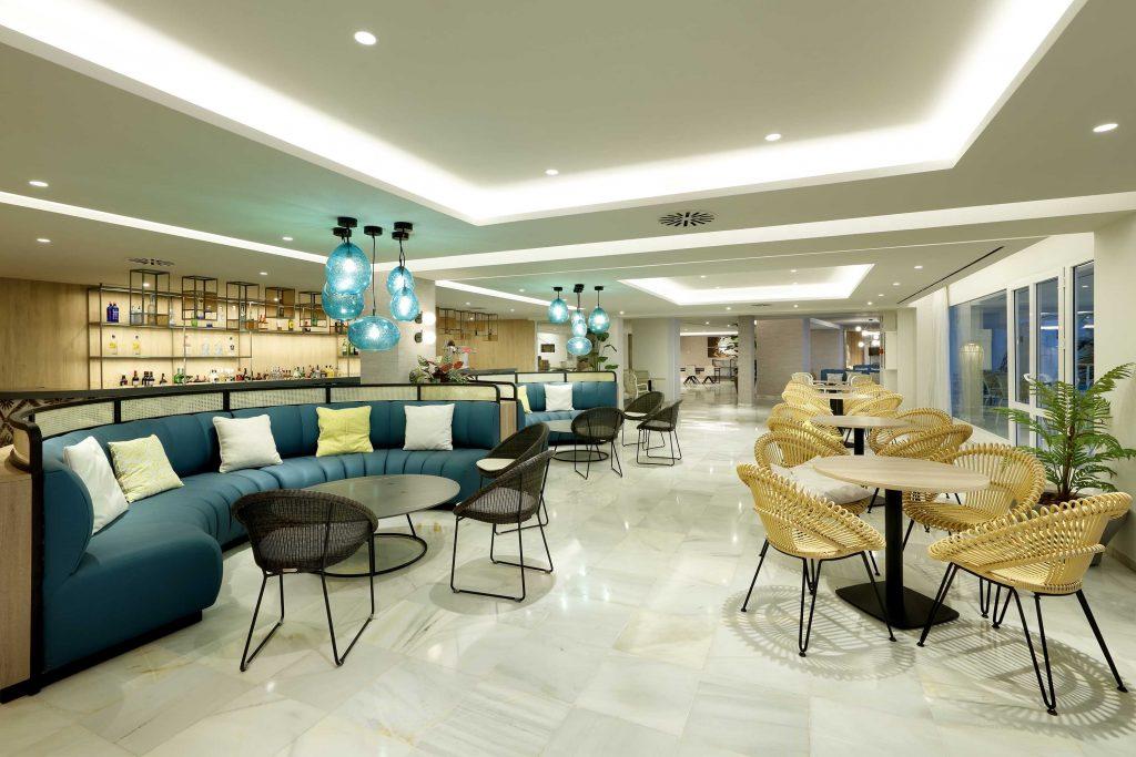 Palladium-Hotel-Costa-del-Sol-Bar-Guayabera-4